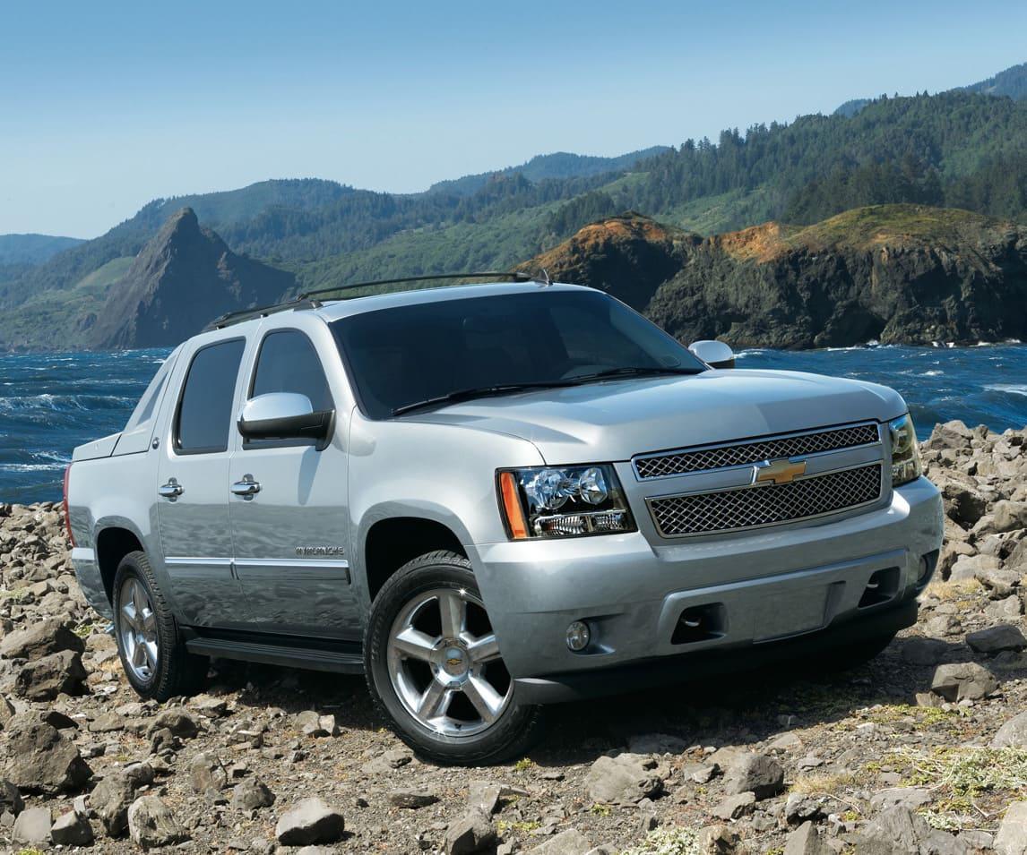 2013 Chevrolet Avalanche | Photo Source: CarsInTrend.com