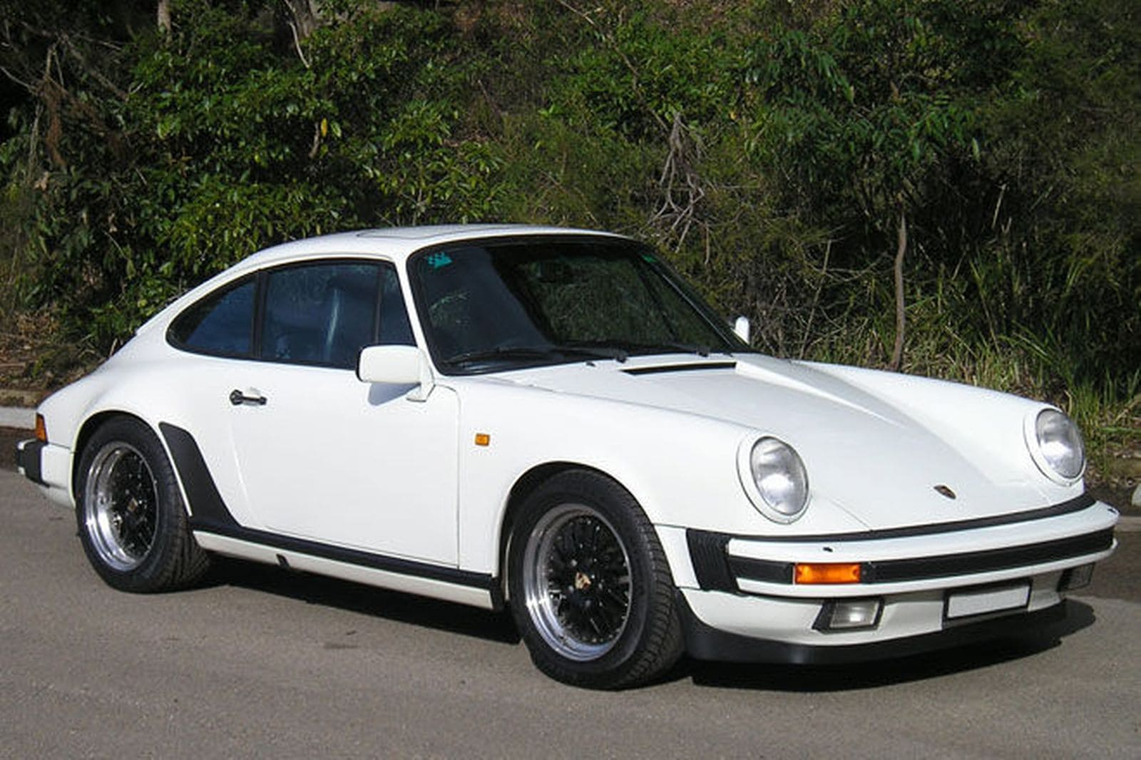 1985 Porsche 911 Carrera 32 Coupe | Photo Source: Shannons