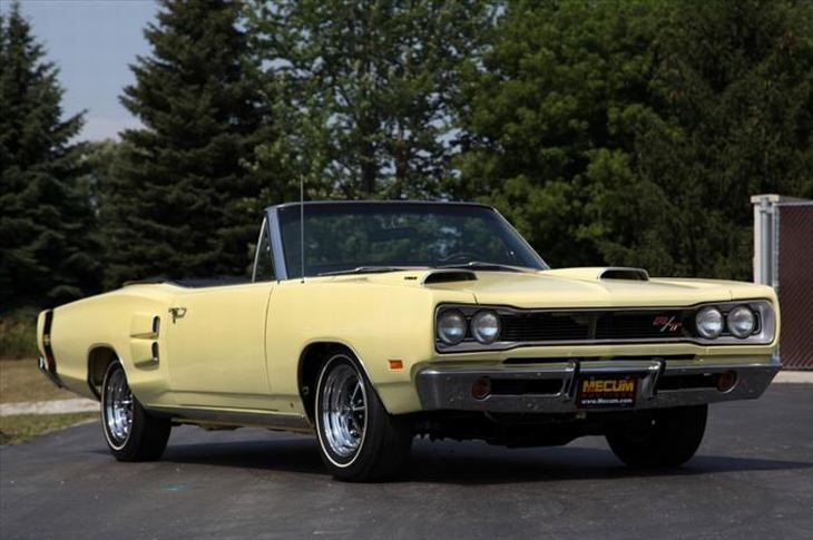 Best classic cars: 1970 Dodge Coronet RT 426 Hemi Convertible