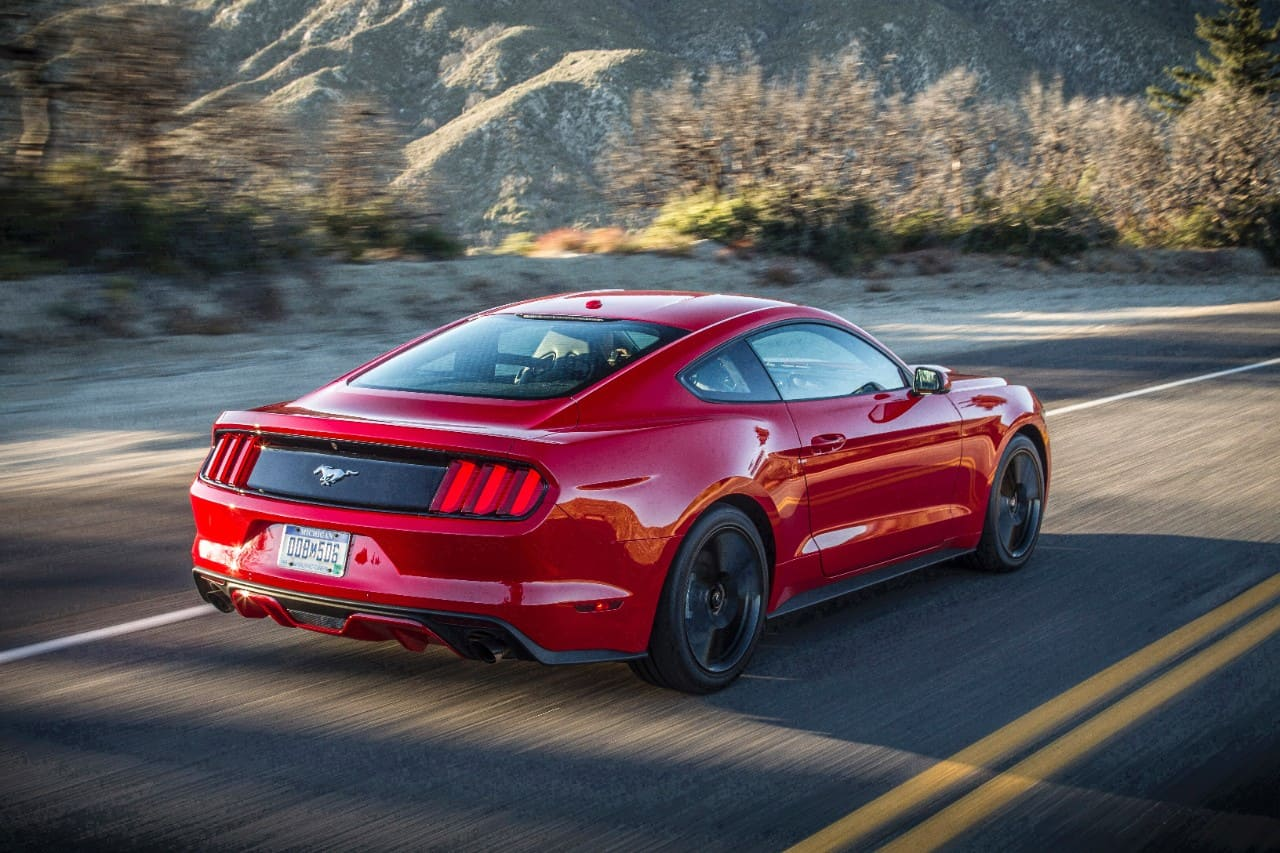 Model Overview: 2016 Ford Mustang Reviews and Specs | The Fast Lane Car