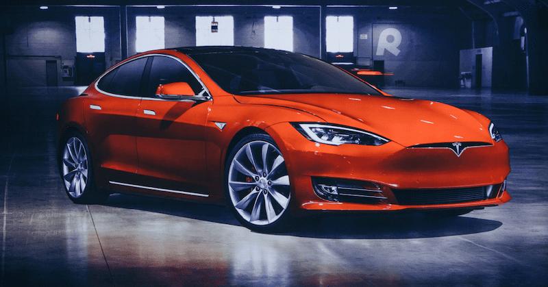 Category_G_Pit-Stop_2018_Tesla_Model_X_Overview_Facebook
